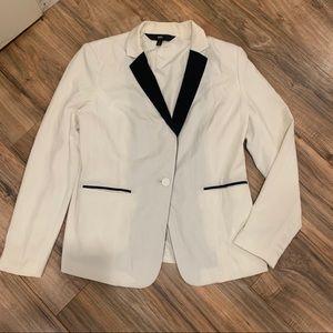 Mossimo White tuxedo style blazer